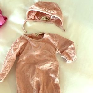 Baby girl onesie with matching hat